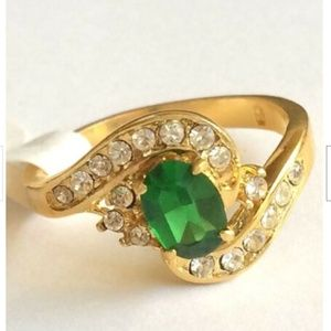 Gold Emerald Art Deco Cocktail Ring Size 9 Green